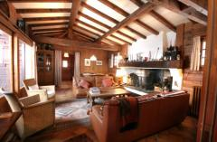 Chalet Chouette - The living room (1)